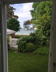 Aus dem eigenen Wohnzimmer und Garten direkt an den Strand
