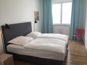 schlafzimmer-2-300x225 schlafzimmer-2
