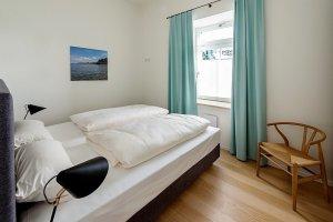 Helles freundliches Schlafzimmer Ferienwohnung 01 Villa Seeblick