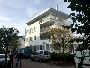 strandhaus-seeblick-binz-ansicht-300x225 strandhaus-seeblick-binz-ansicht