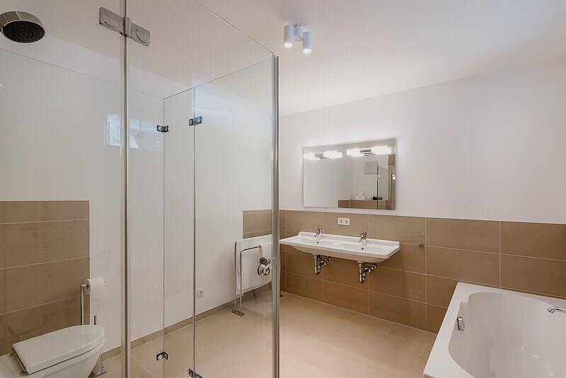 strandhaus-seeblick-binz-wohnung11-badezimmer Ferienwohnung 11