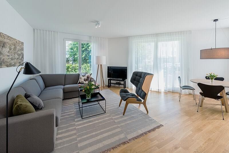 Wohnzimmer und Essbereich Ferienwohnung 13