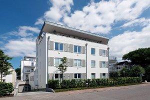 villa-seeblick-binz-aussen-012-min-300x200 villa-seeblick-binz-aussen-012-min