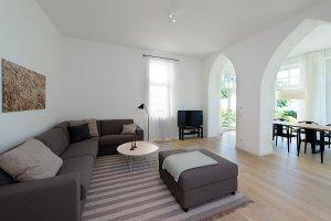 Großes Wohnzimmer Ferienwohnung 03