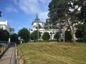 Villa Seeblick vom Strandaufgang gesehen