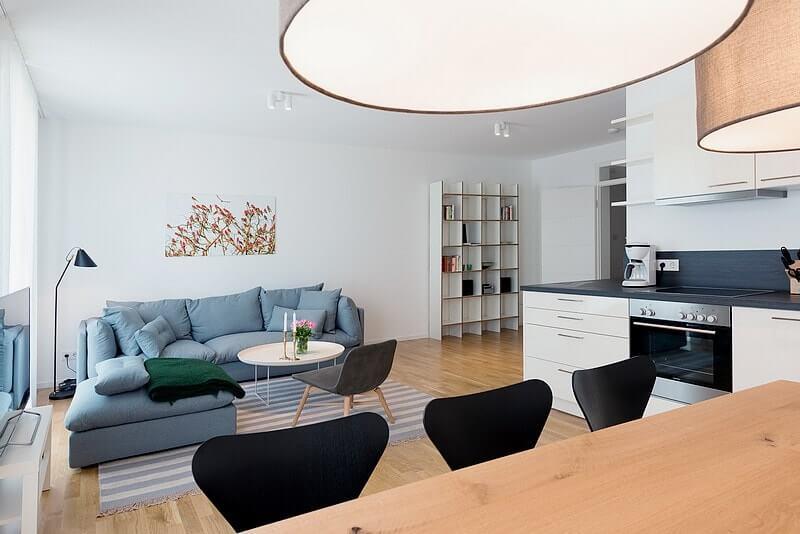 wohnzimmer-essbereich-strandhaus-seeblick-binz-wohnung11 Ferienwohnung 11