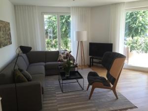 TV und Wohnzimmer